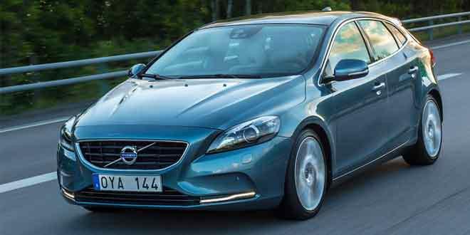Volvo V40 останется первым и последним шведским автомобилем с подушками безопасности для пешеходов