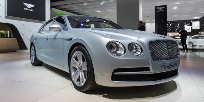 Bentley привезла на ММАС премиум-четырехдверку Flying Spur V8