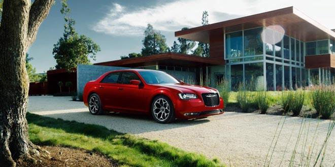 Дебютировал рестайлинговый Chrysler 300