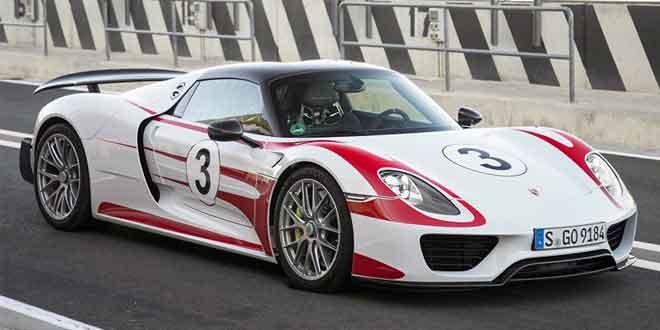 Компания Porsche отзывает 205 супергибридов 918 Spyder