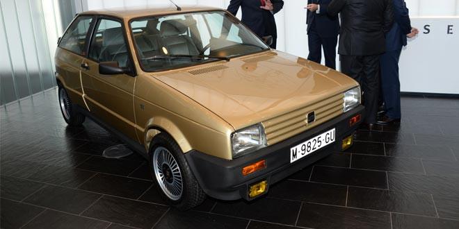 Компания SEAT отреставрировала первый автомобиль короля Испании