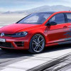Volkswagen Golf R Touch примерил приборную панель будущего