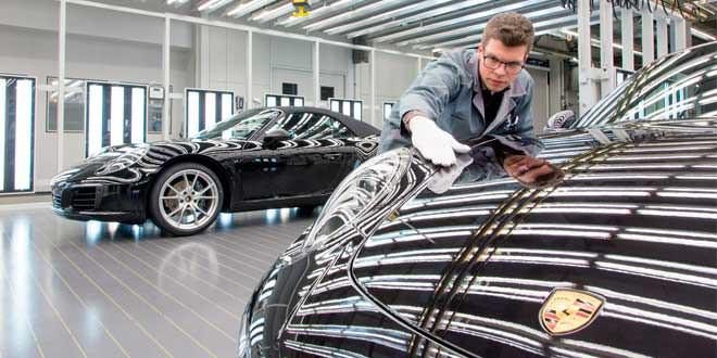 Porsche выплатит всем сотрудникам по €8 600 за хорошие продажи