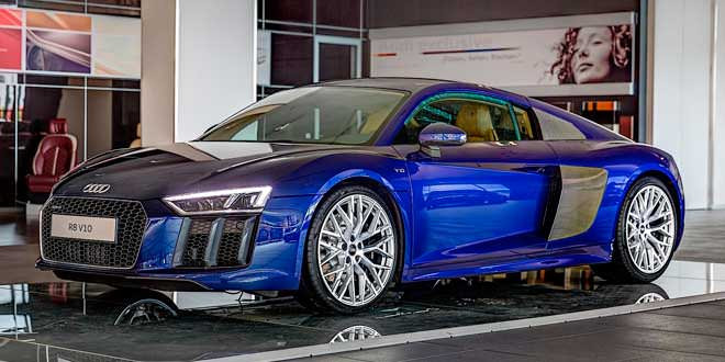 Первая Audi R8 V10 от Audi Exclusive