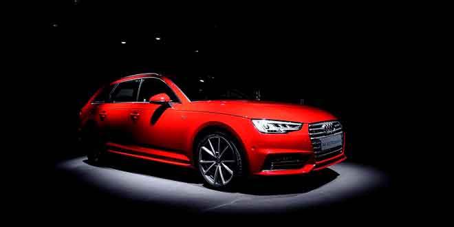 Первые «живые» снимки универсала Audi A4 Avant 2016