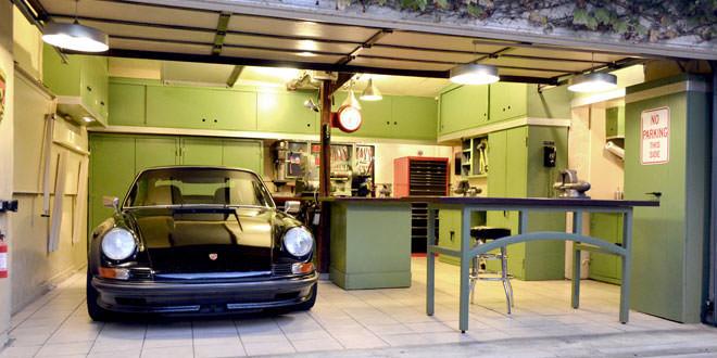 Можно ли устанавливать натяжные потолки в гараже?