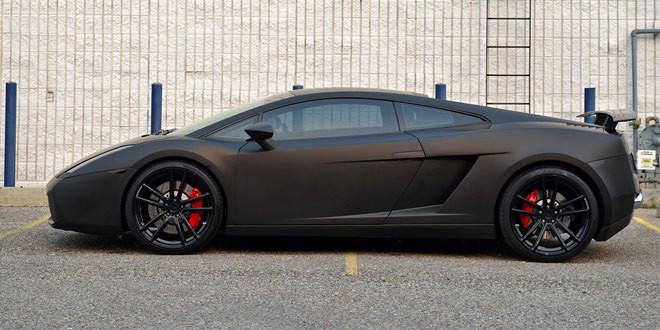 Матовый черный Lamborghini Gallardo на дисках ADV.1
