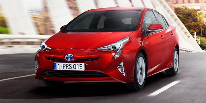 Рассекречен гибрид Toyota Prius нового поколения