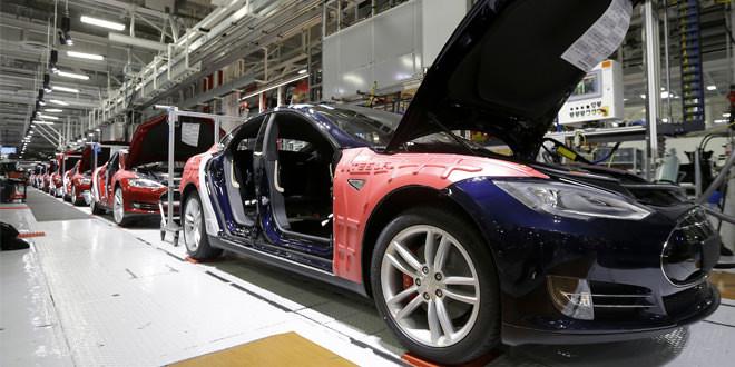 Tesla увеличила поставки электромобилей до запланированного уровня
