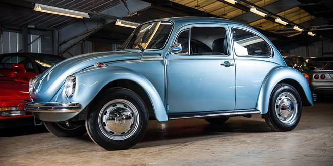 Продается VW Beetle 1974 года с пробегом 90 км (16 фото)