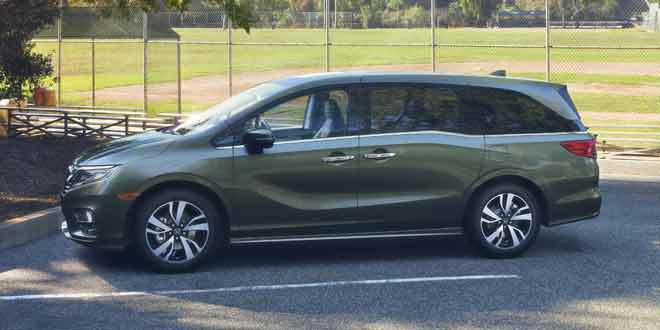 Минивэн Honda Odyssey нового поколения показали в Детройте