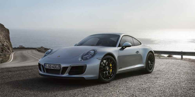 Спорткар Porsche 911 GTS обновился
