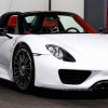 В Дубае продается новый Porsche 918 Spyder без пробега