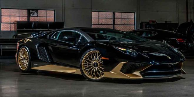 Чёрный с золотистым Lamborghini Aventador SV: один из последних