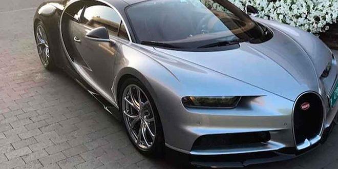 Криштиану Роналду купид серебристый Bugatti Chiron