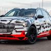 Известна цена Audi E-Tron. В Германии от €80 000