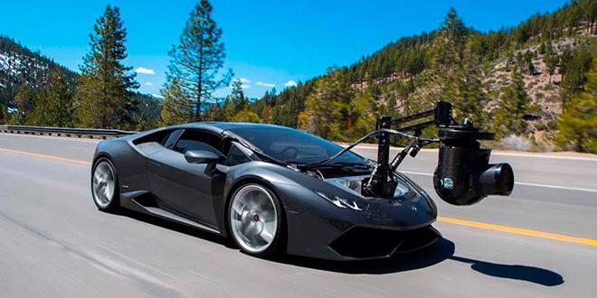 Lamborghini Huracam — самая быстрая камера на колесах в мире