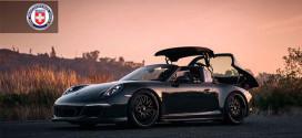 Porsche 911 Targa 4 GTS позирует на дисках HRE 540 Series
