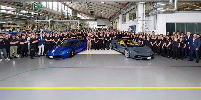 Lamborghini выпустила 11 000-й Huracan и 8 000-й Aventador