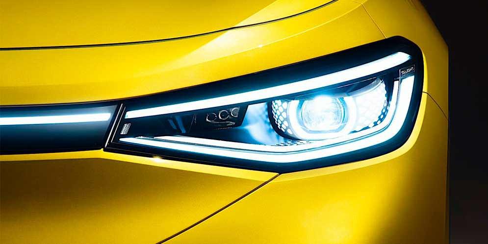 Volkswagen ID.4 показал свои фары и задние перед премьерой