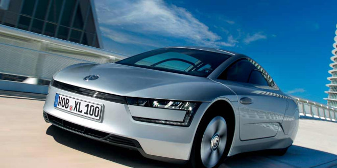 Volkswagen анонсировал серийные XL Sport и Golf R400