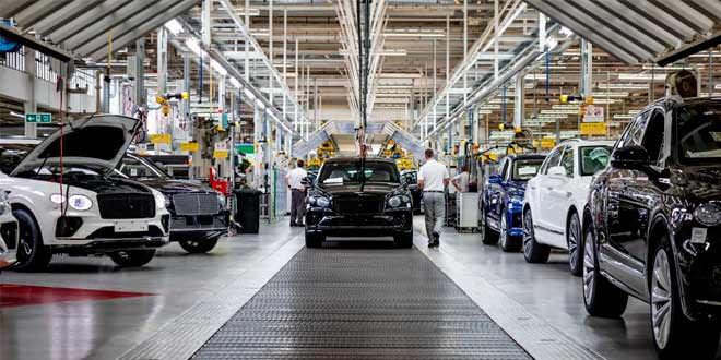 Bentley SEO: продолжать выпуск машин в Англии становится сложно