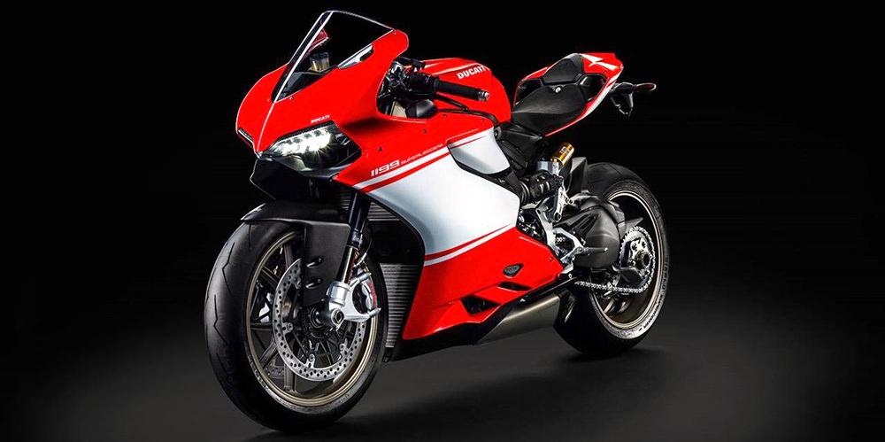Первое фото Ducati 1199 Panigale Superleggera