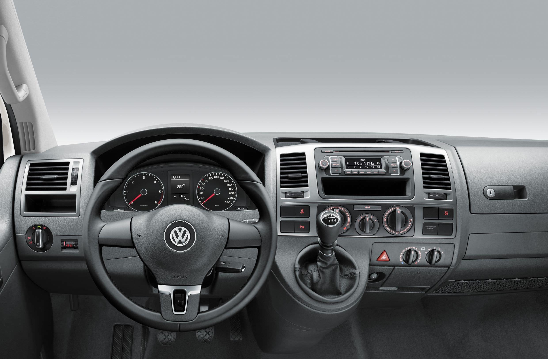 Салон Volkswagen Caravelle Edition