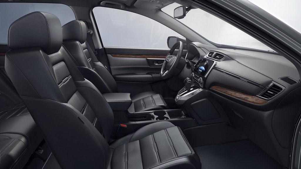 Интерьер Honda CR-V пятого поколения