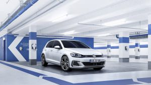 Новый гибрид Volkswagen Golf GTE 2017
