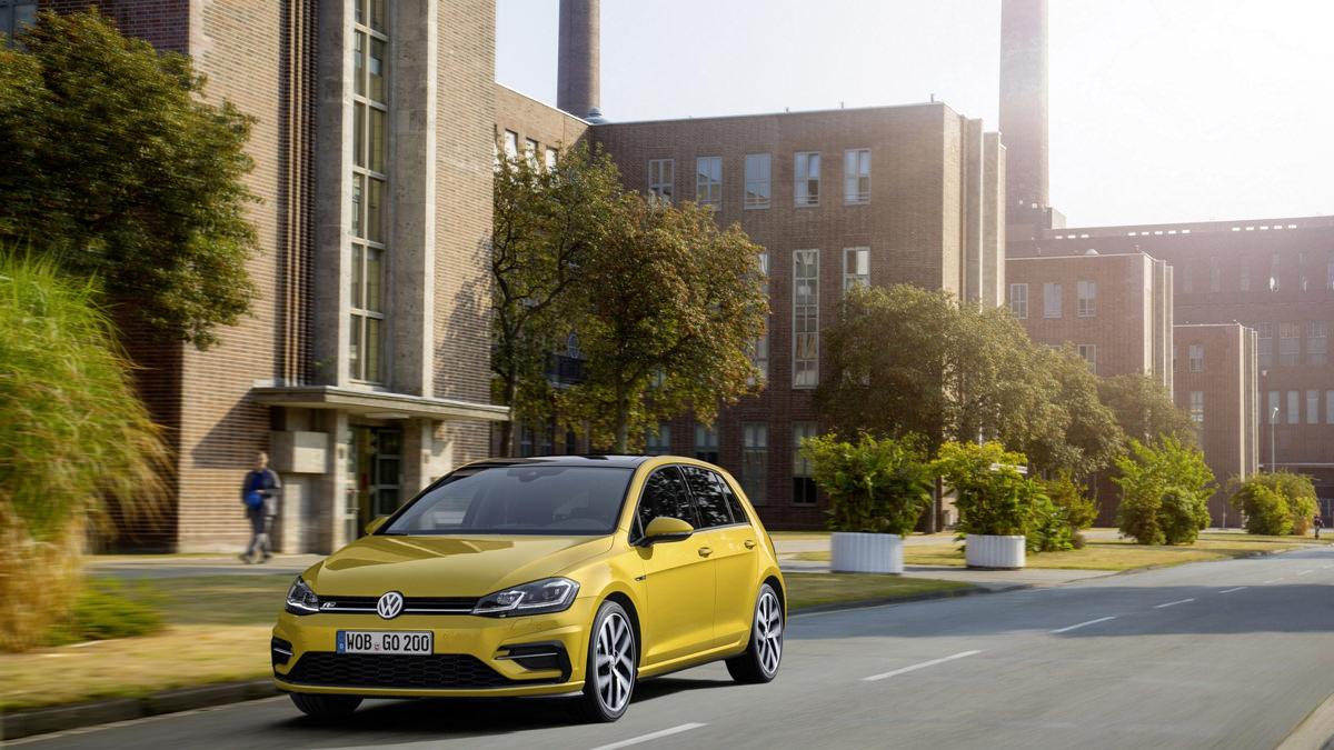 Рестайлинг Volkswagen Golf R 2017