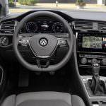 ёСалон Volkswagen Golf R. Рестайлинг 2017
