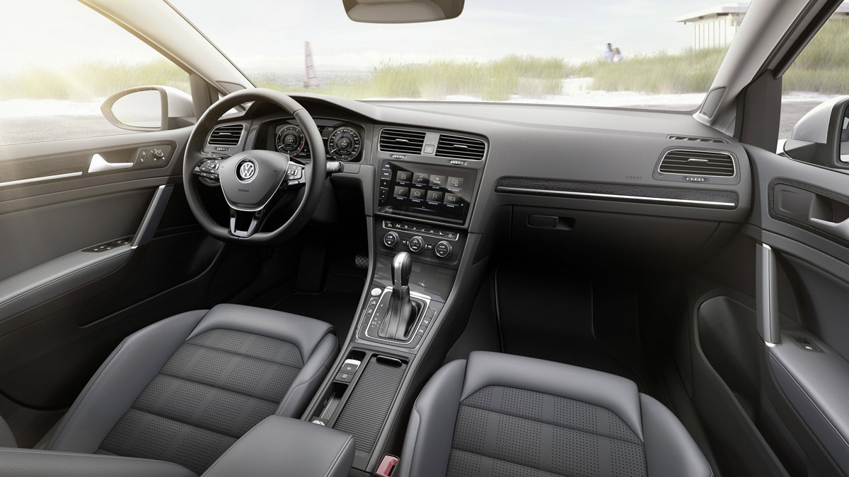 Интерьер Volkswagen Golf Variant 2017