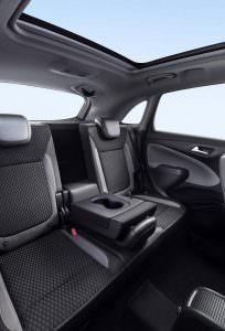 Задние кресла Opel Crossland X
