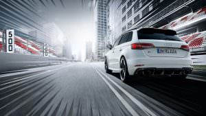 Белая Audi RS3 Sportback