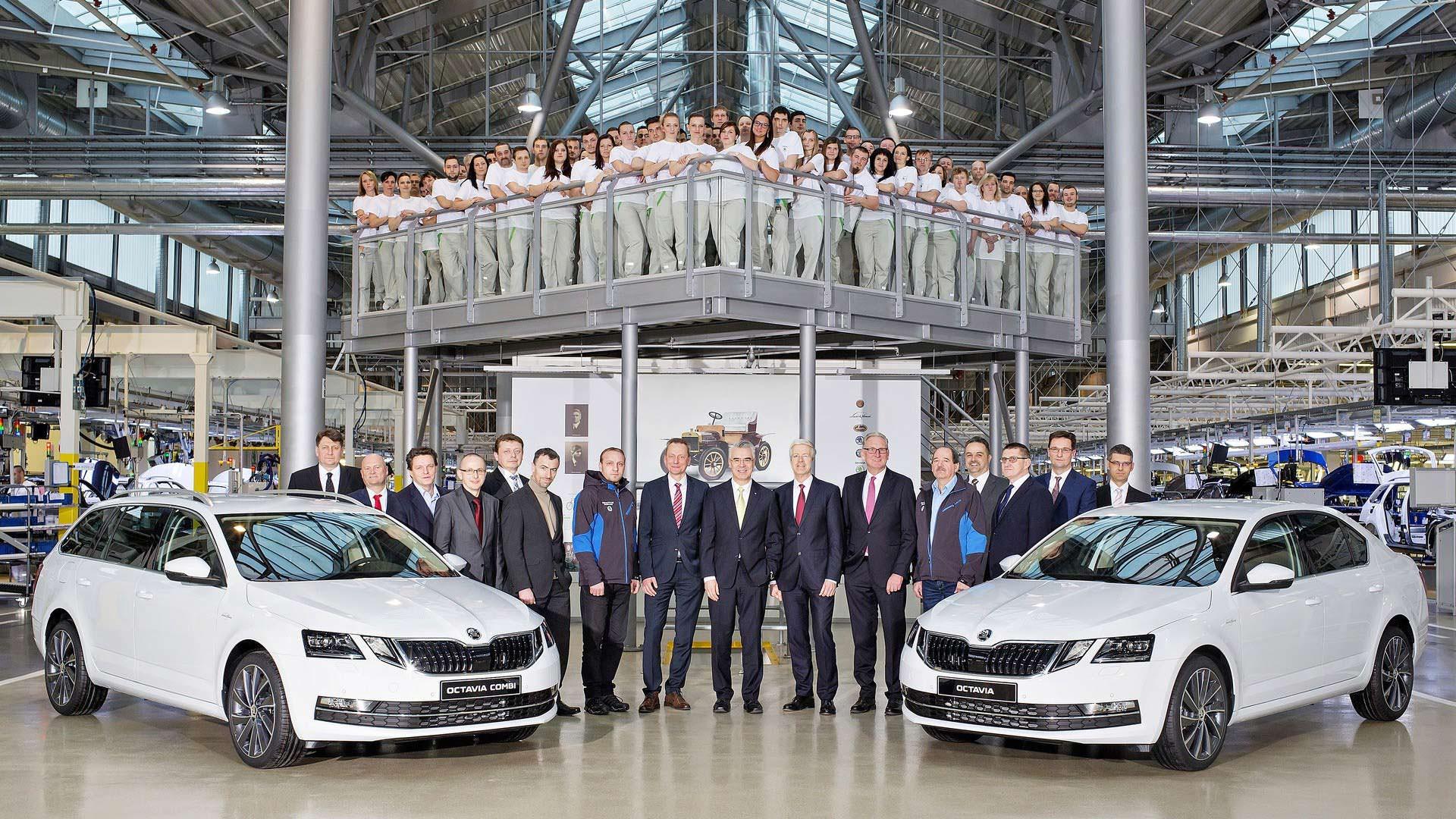 Рестайлинг Skoda Octavia и Octavia Combi 2017, завод в Чехии