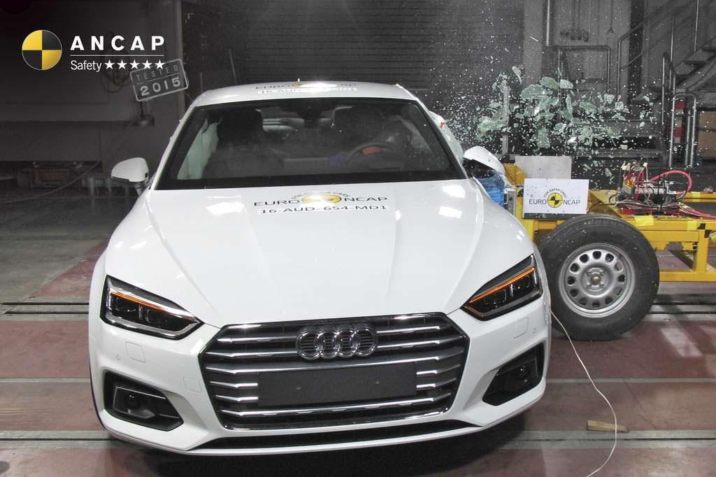 Краш-тест Audi A5 Coupe от ANCAP. Боковой удар