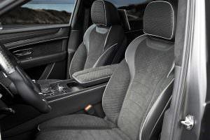 Салон Bentley Bentayga Black Edition от Mansory