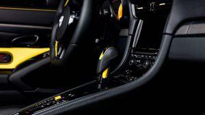 Селектор PDK в Porsche 911 Turbo Cabriolet