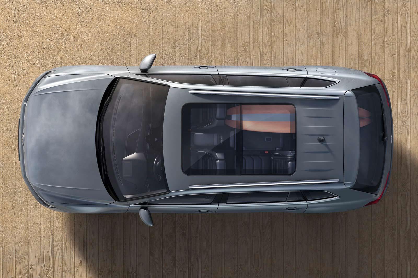 VW Tiguan Allspace с люком в крыше