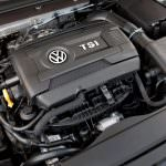 Фото | Двигатель 1.8 TSI под капотом Volkswagen Golf SEL