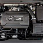 Фото | Двигатель 2.0 TSI под капотом Volkswagen Golf R 2018