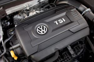 Фото | Двигатель 2.0 TSI под капотом Volkswagen Golf GTI