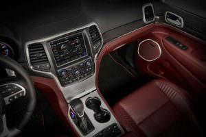 Фото | Кожаный салон Jeep Grand Cherokee Trackhawk
