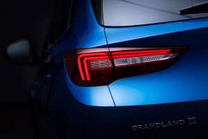 Задние фонари Opel Grandland X
