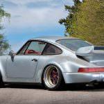 Фото | Серебристый металлик Porsche 911 RSR 1993 года