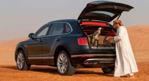 Фото   Бентли Бентайга в пустыне
