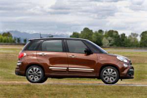 Компактвэн Fiat 500L Wagon 2017 года