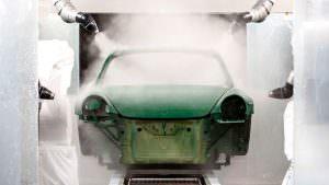 Покраска Porsche 911 Carrera S роботом на заводе