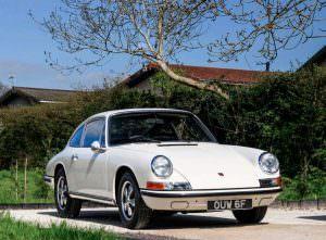 Классический Porsche 911S 1967 года с пробегом 2 мили